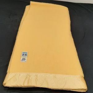 Vintage Kenwood wool blanket 74 by 81 inches